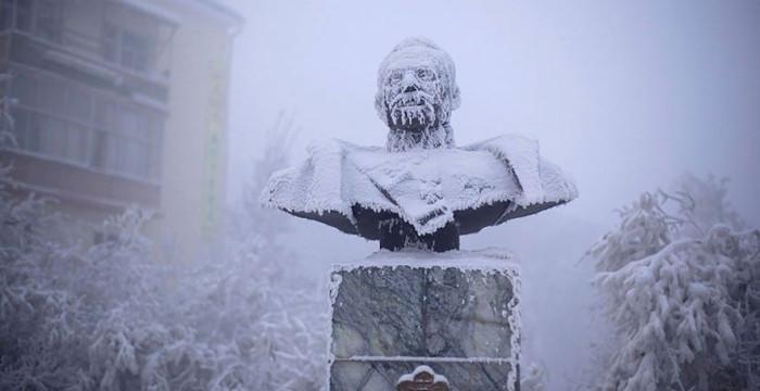 papodebuteco-coldest-village-oymyakon-russia-amos-chaple-10