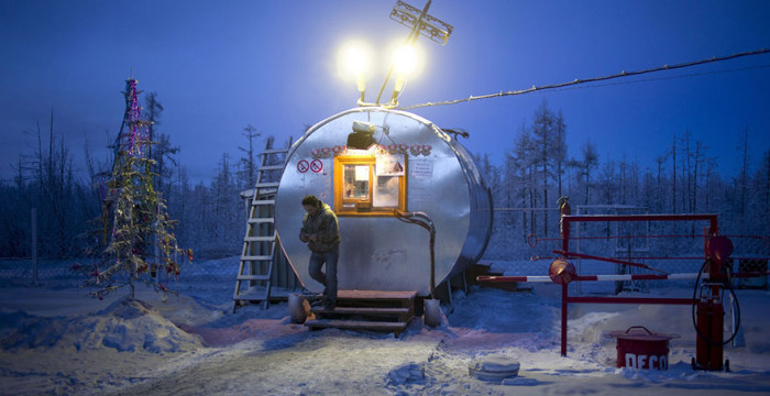 papodebuteco-coldest-village-oymyakon-russia-amos-chaple-12