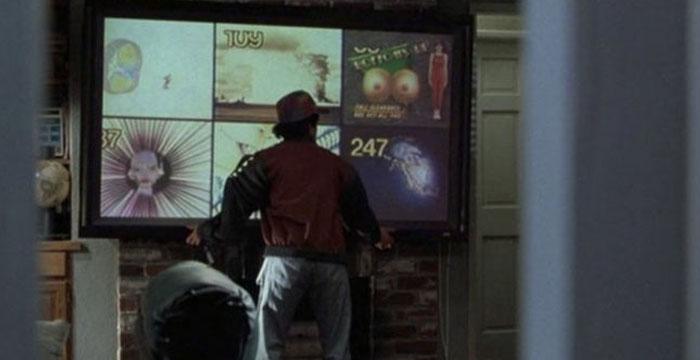papodebuteco-de-volta-para-o-futuro-2015-Monitores-de-tela-plana