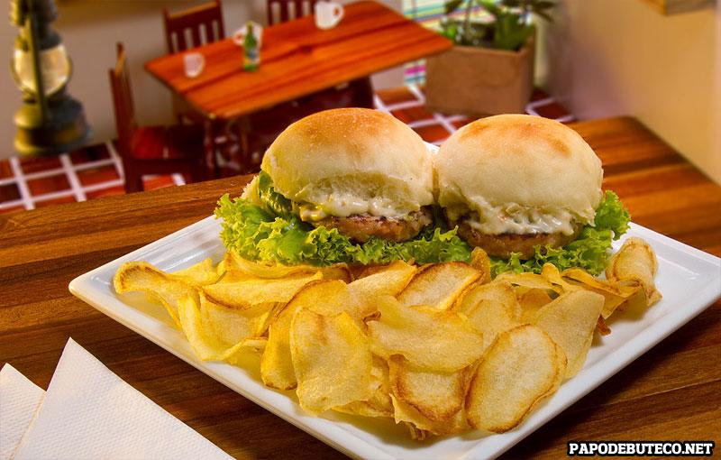 Restaurante-Cabana-do-Camarao_Bis-Burger-de-Camarao_Salvador-2016